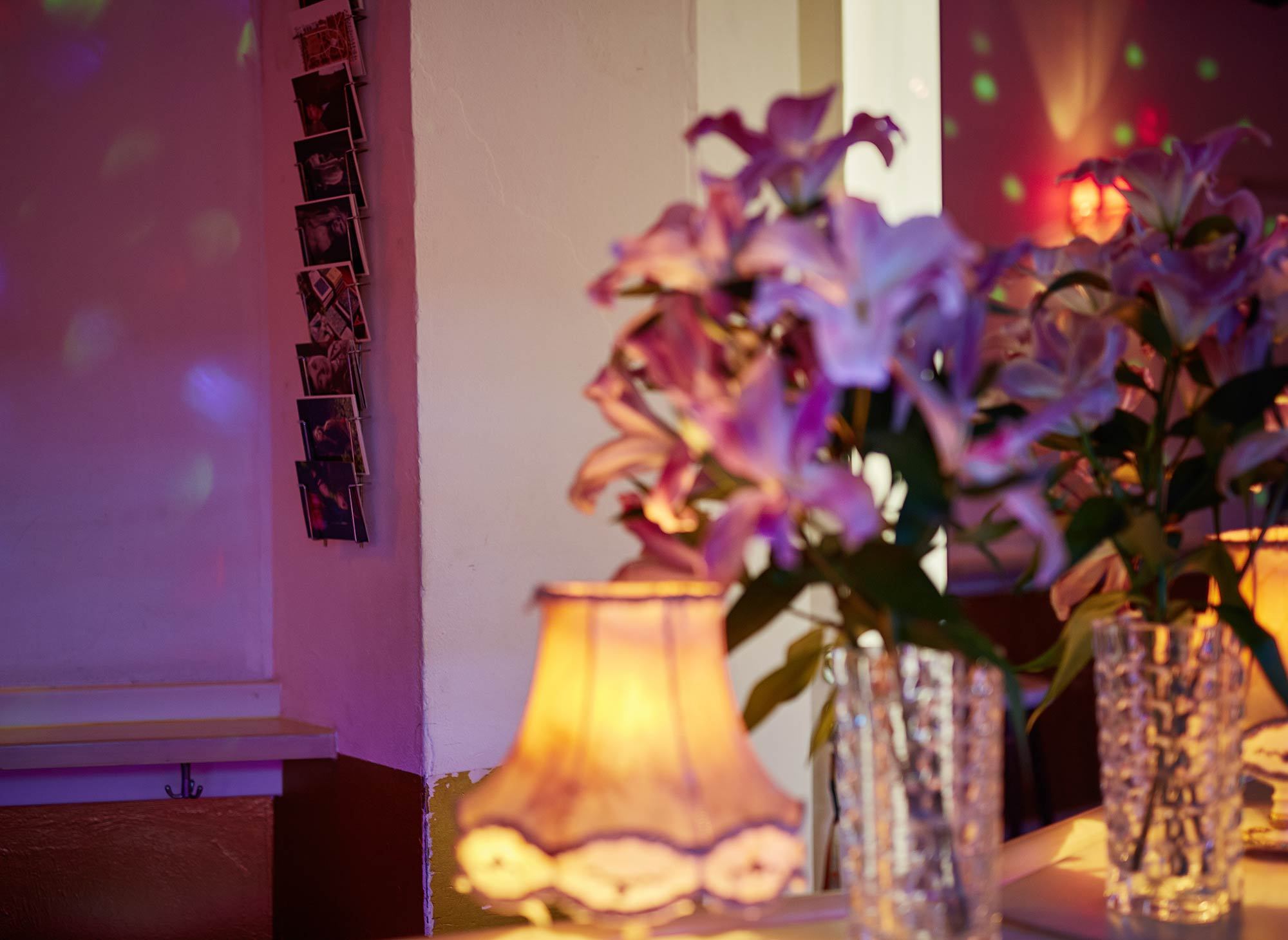 marsil hotel in the heart of cologne. Black Bedroom Furniture Sets. Home Design Ideas
